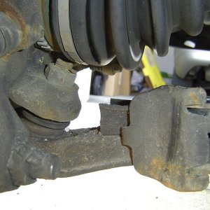 lower outer control arm bushing2